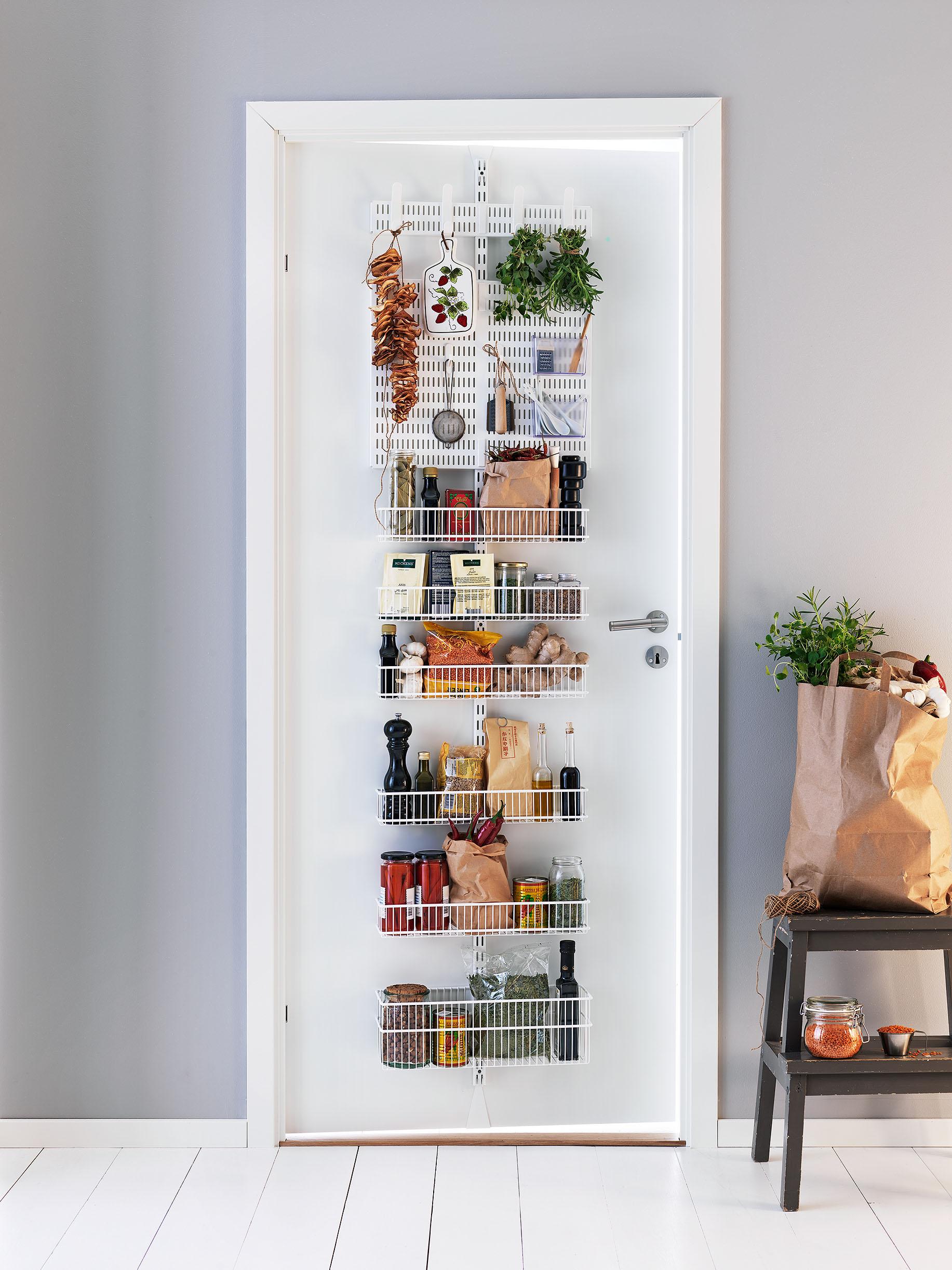 6 cocina y despensa elfa utility door and wall rack - Armario despensa cocina ...