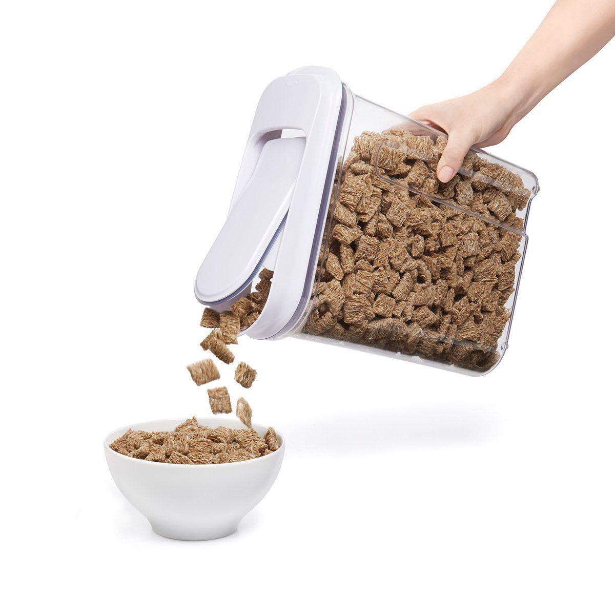 Recipiente dispensador de cereales oxo 3 2l orden en casa for Recipiente hermetico